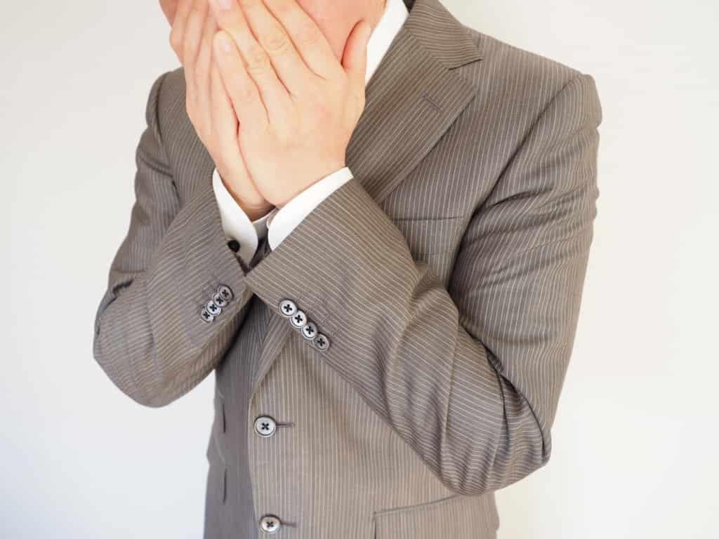 たった3つ!面接で清潔感を演出する爪・ニオイ・就活スーツが鍵