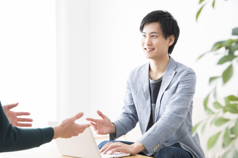 フリーターの正社員就職に特化した就活方法やおすすめ職種を解説!体験談や収入格差も公開