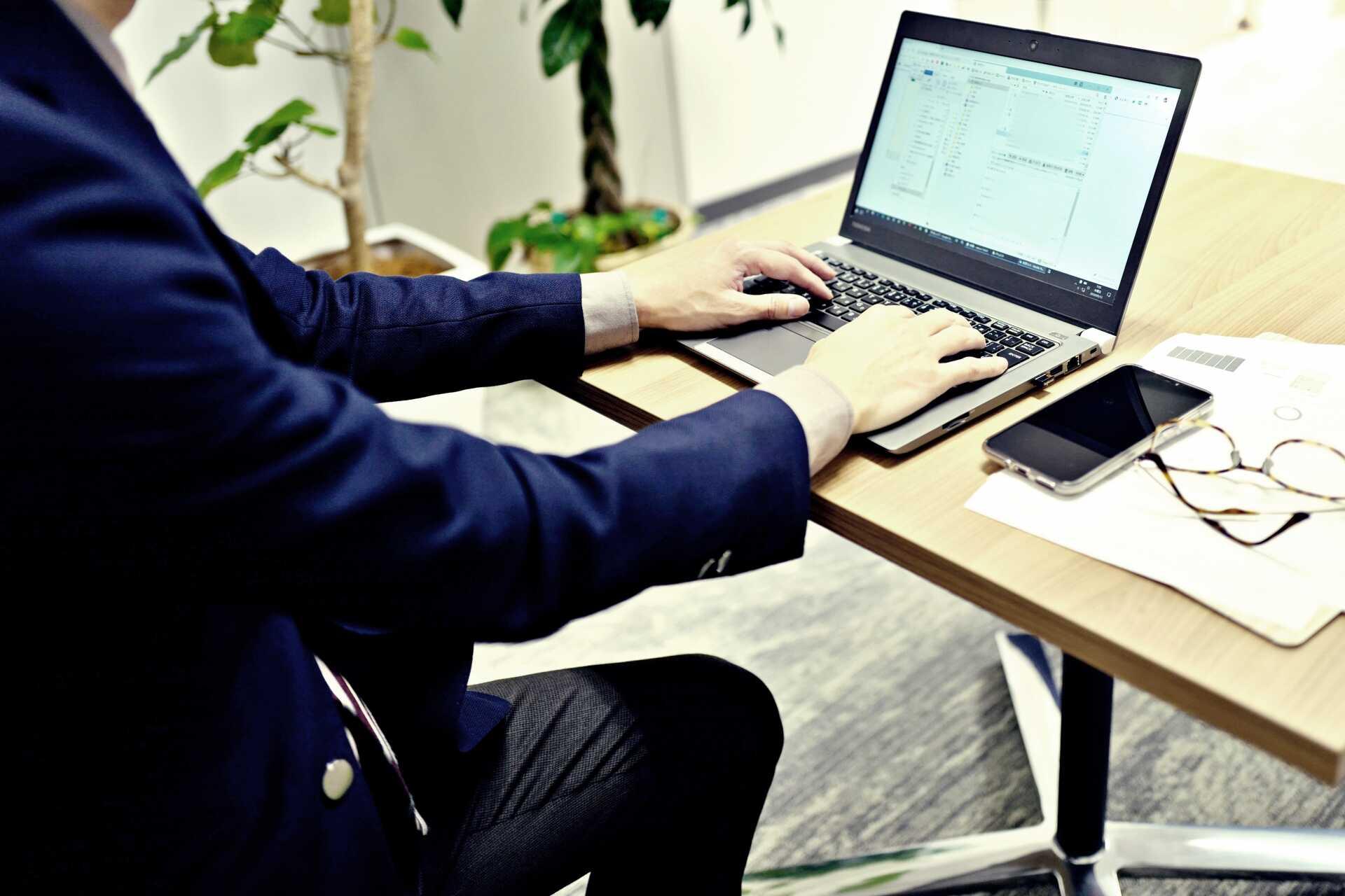業務内容とは?職務内容や事業内容との違いを知り就活に役立てよう!