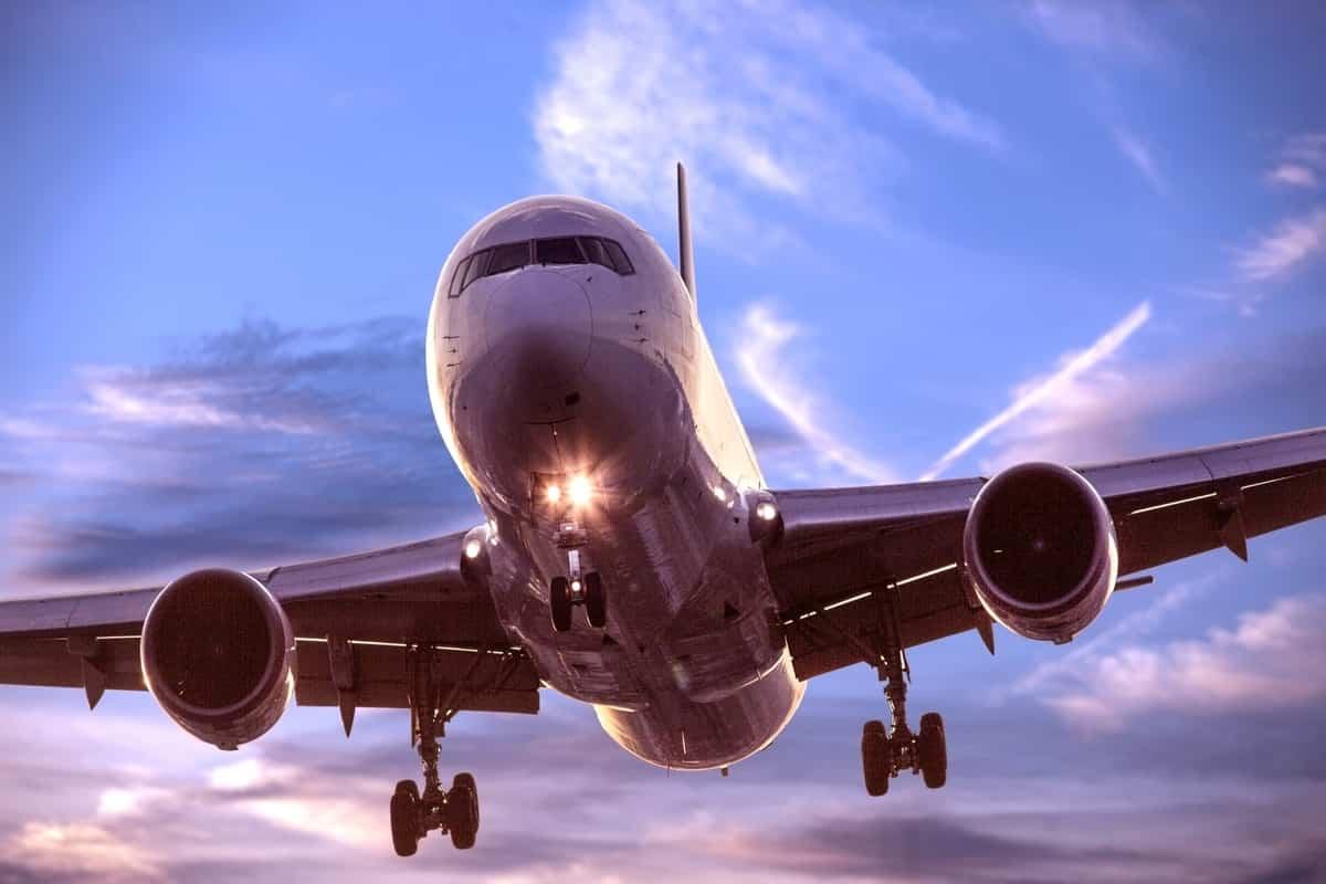 空港の仕事には何がある?【パイロットや客室乗務員以外の仕事も】